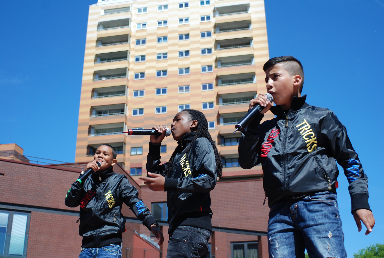 Foto Jonge Rappers Op Het Podium Waterlandplein_danielzimmer_19